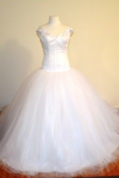 Size 8-10 - Peretti ballgown - website main photo - Copy