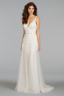 Website - Alvina Valenta Kyra - full gown