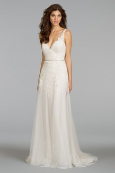 Website - Alvina Valenta Kyra - full gown
